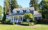One of Ridgefield 5 Bedroom Homes for Sale